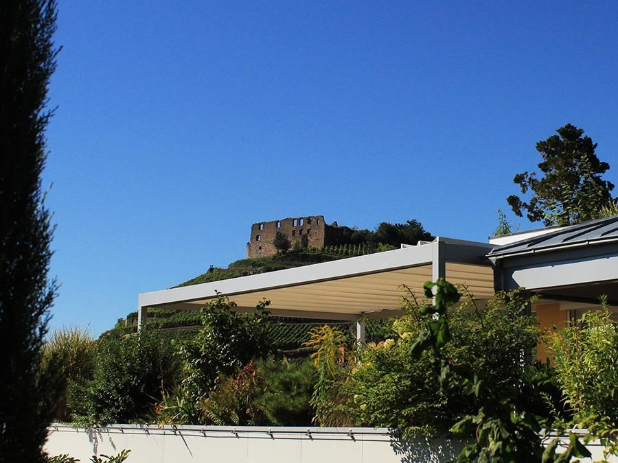 Sonnensegel für Terrassen: VELUSOL - Das Wettersegel | Freiburg 1
